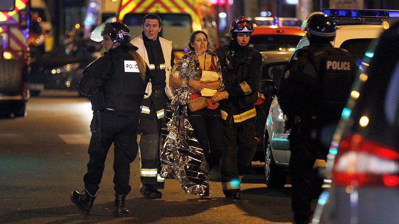 """""""W Paryżu były obszary, które nie były kontrolowane ani przez służby, ani przez policję"""" (fot. Thierry Chesnot/Getty Images)"""