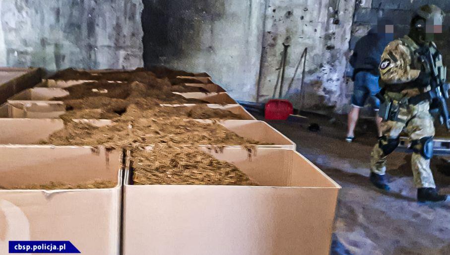W ręce policji wpadło 25 ton tytoniu (fot. CBŚP)