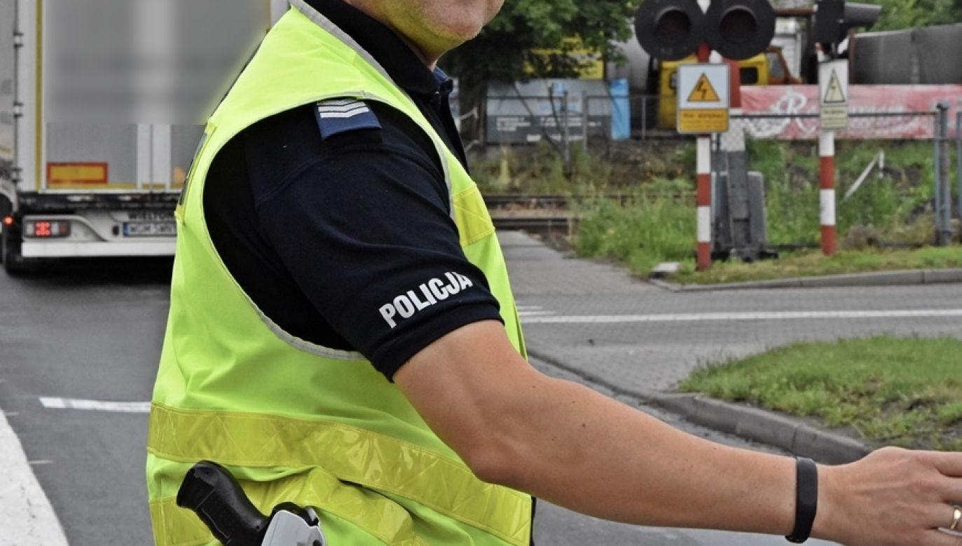 Policji pomoc była tym bardziej potrzebna, że miasto w godzinach szczytu było zakorkowane (fot. policja.pl, zdjęcie ilustracyjne)