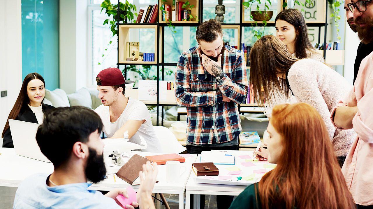 Analitycy spodziewali się stopy bezrobocia na poziomie 8,5 proc. (fot. Shutterstock/GaudiLab)