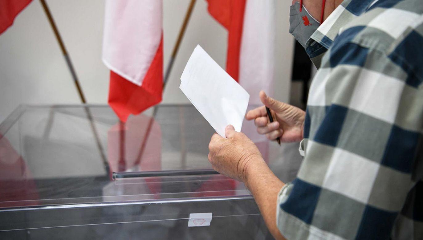 Horała o wyborach w prezydenckich w Rzeszowie (fot. PAP/Darek Delmanowicz)
