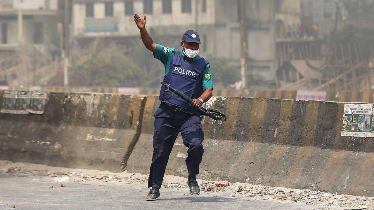 Wśród rannych jest sześciu policjantów (fot. Ahmed Salahuddin/NurPhoto via Getty Images)