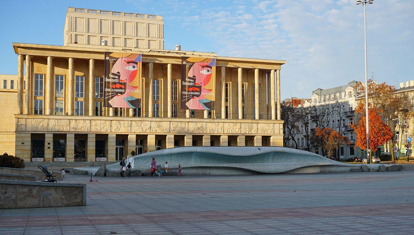 Dzięki umowie teatr zyska dodatkowe 3,1 mln złotych (fot. Shutterstock/MirSiwy)