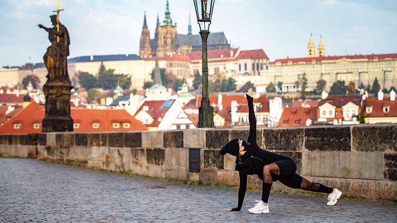 Czechy luzują niektóre obostrzenia (fot. Gabriel Kuchta/Getty Images)