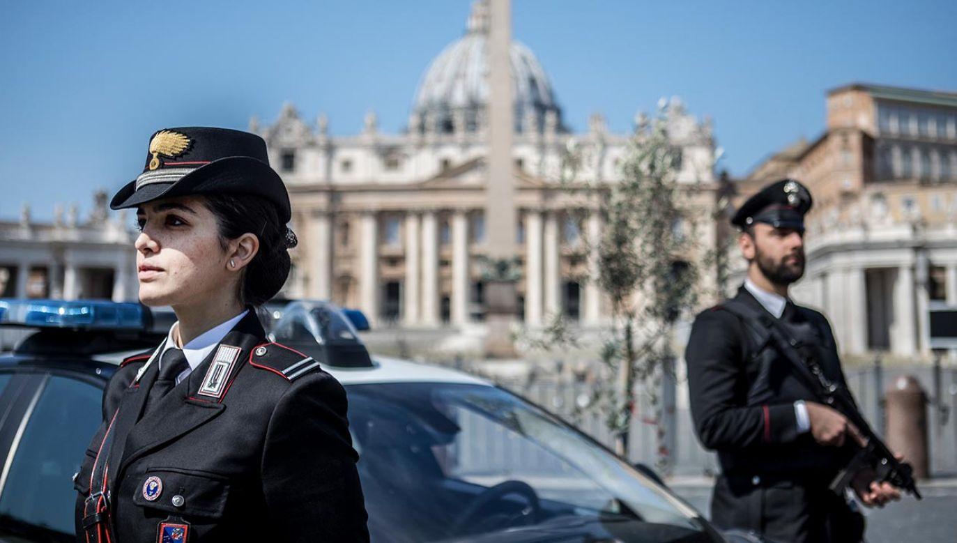 Zaostrzone kroki obowiązywać będą od Wielkiego Czwartku do wielkanocnego poniedziałku (fot.  Alessandra Benedetti - Corbis/Getty Images)