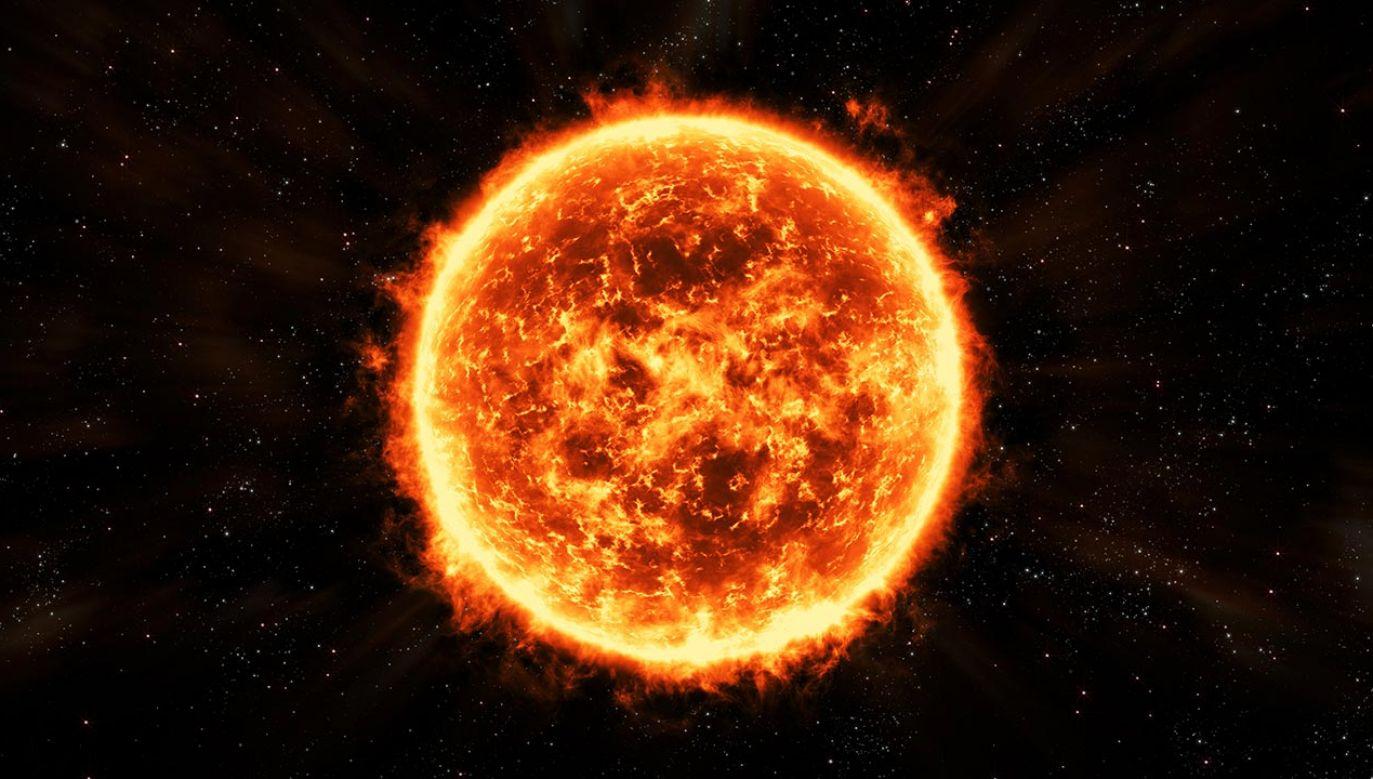 Czerwony olbrzym (fot. Shutterstock/vmdesign.video, zdjęcie ilustracyjne)