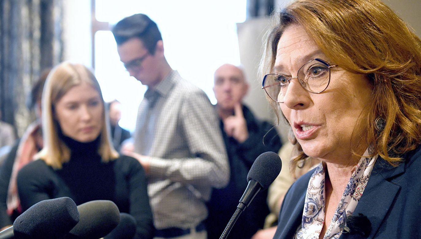 """""""Młodzi ludzie nie będą ze sobą, bo rodzice nie pozwolą"""" – ostrzega Małgorzata Kidawa-Błońska kandydatka PO na prezydenta  (fot. PAP/Darek Delmanowicz)"""