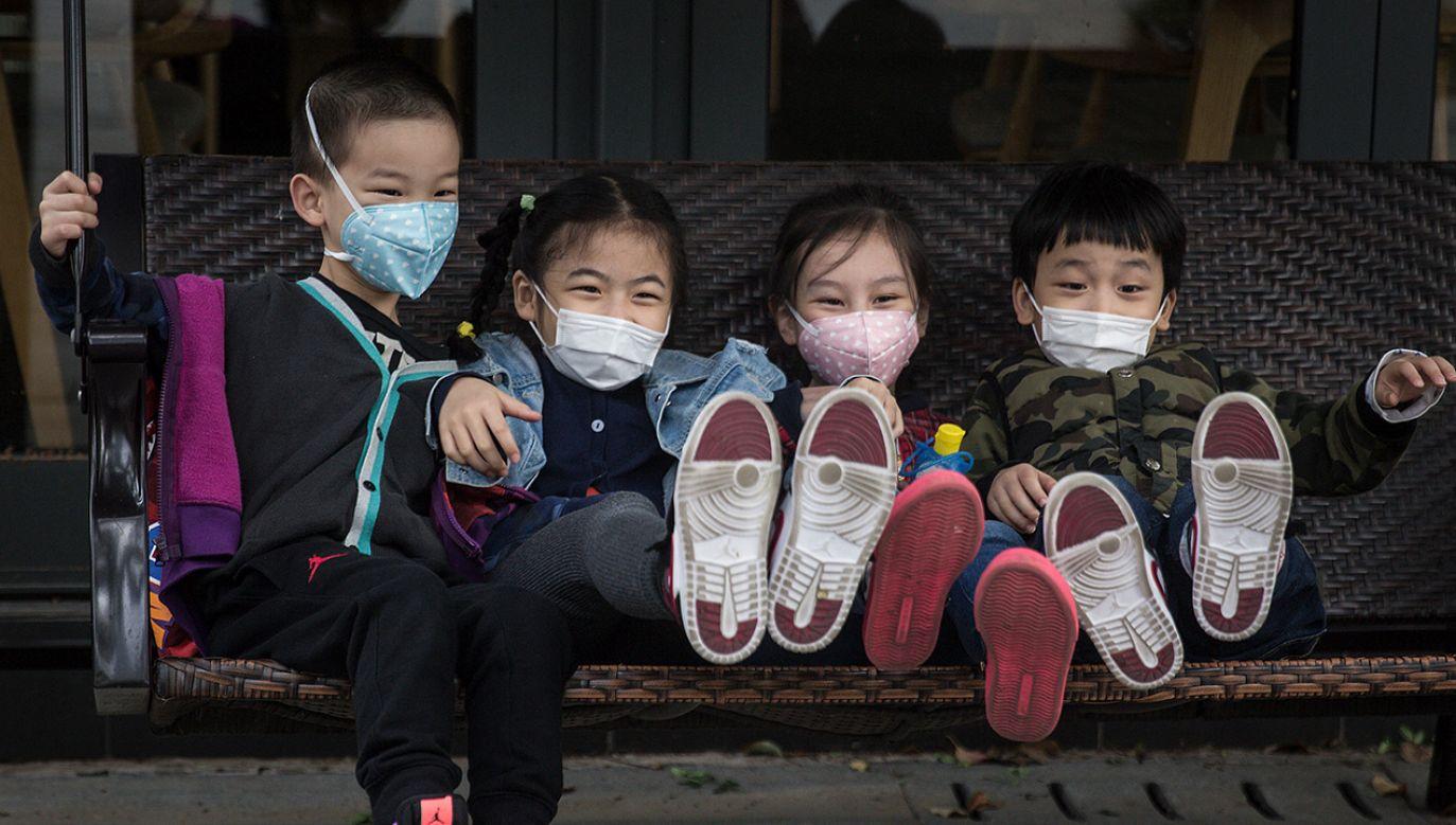 Mieszkańcy Wuhan po izolacji z powodu koronawirusa mogą wychodzić z domów (fot. Getty Images)