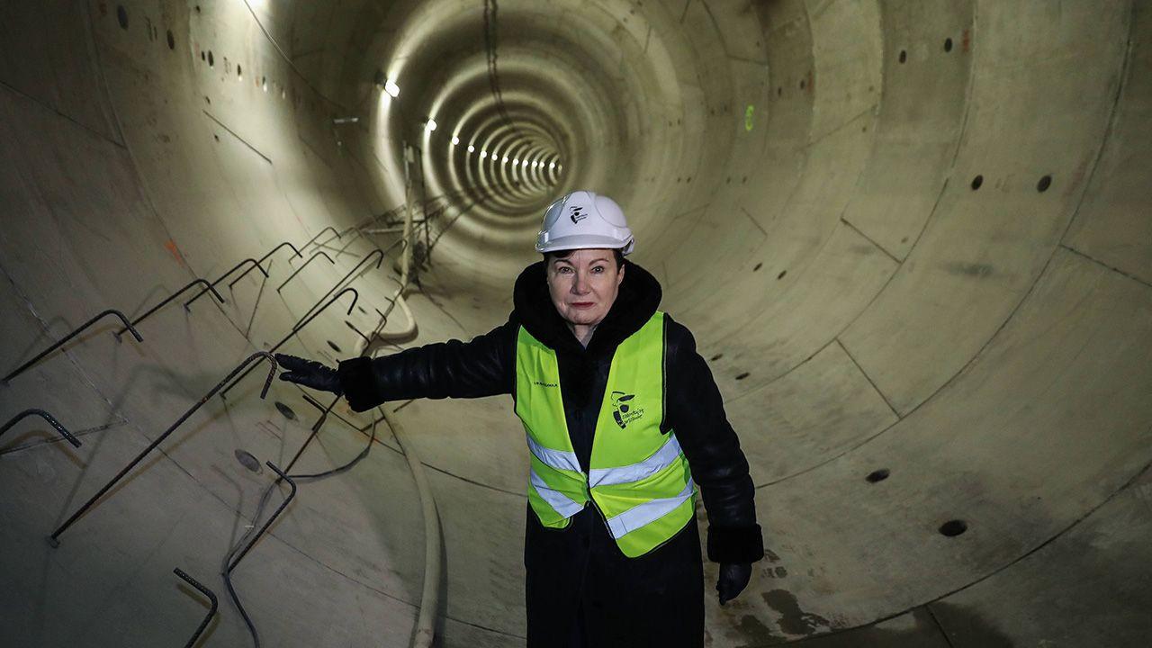 W 2006 r. Hanna Gronkiewicz-Waltz obiecywała w swoim programie wyborczym budowę II i III linii metra (fot. arch. PAP/Rafał Guz)