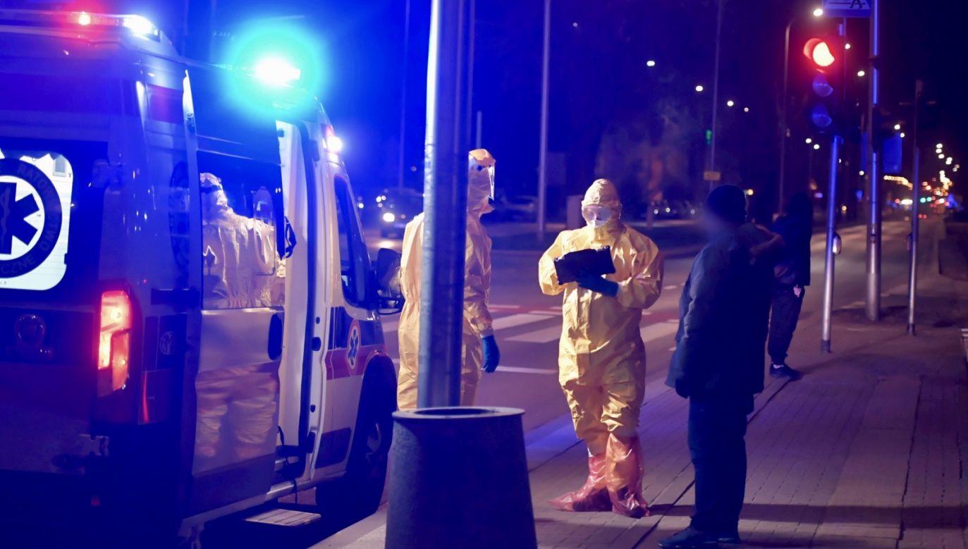 Rośnie liczba ofiar epidemii (fot. PAP/Andrzej Lange)