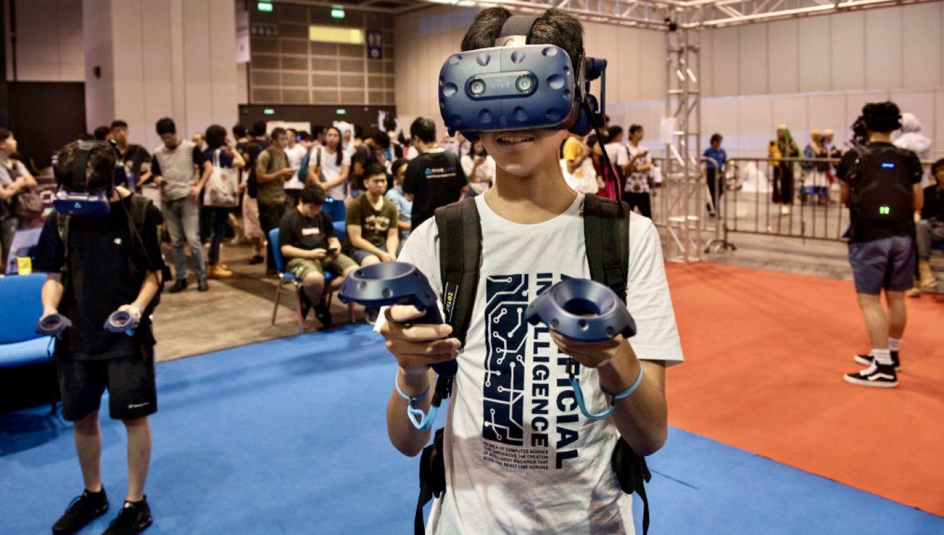 Utrata poczucia czasu negatywnie wpływa na nastrój gracza (fot. B.Chukrut/SOPA/LightRocket/Getty Images)