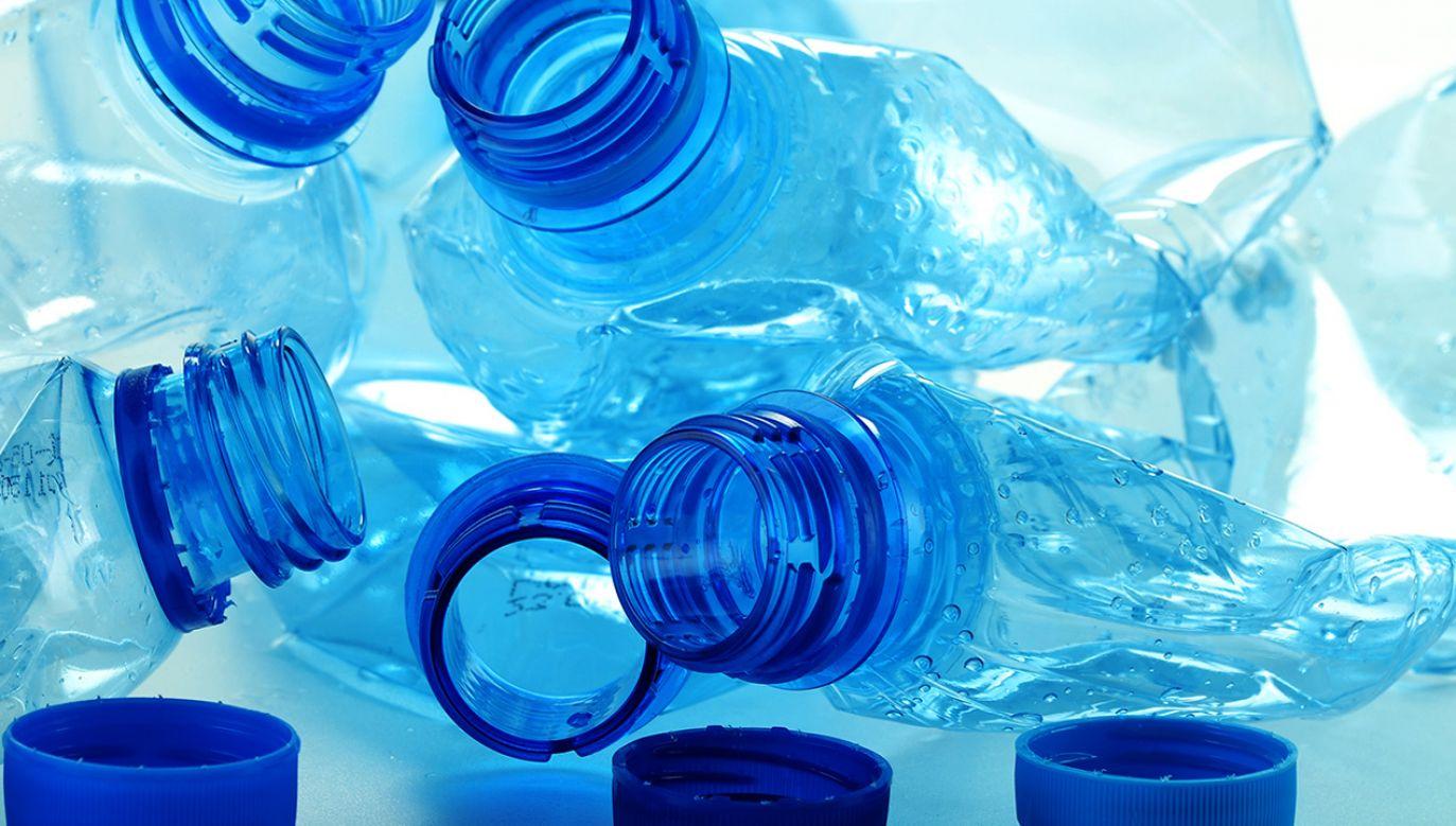 Nowe przepisy mają ograniczyć produkcję odpadów (fot. Shutterstock/monticello)