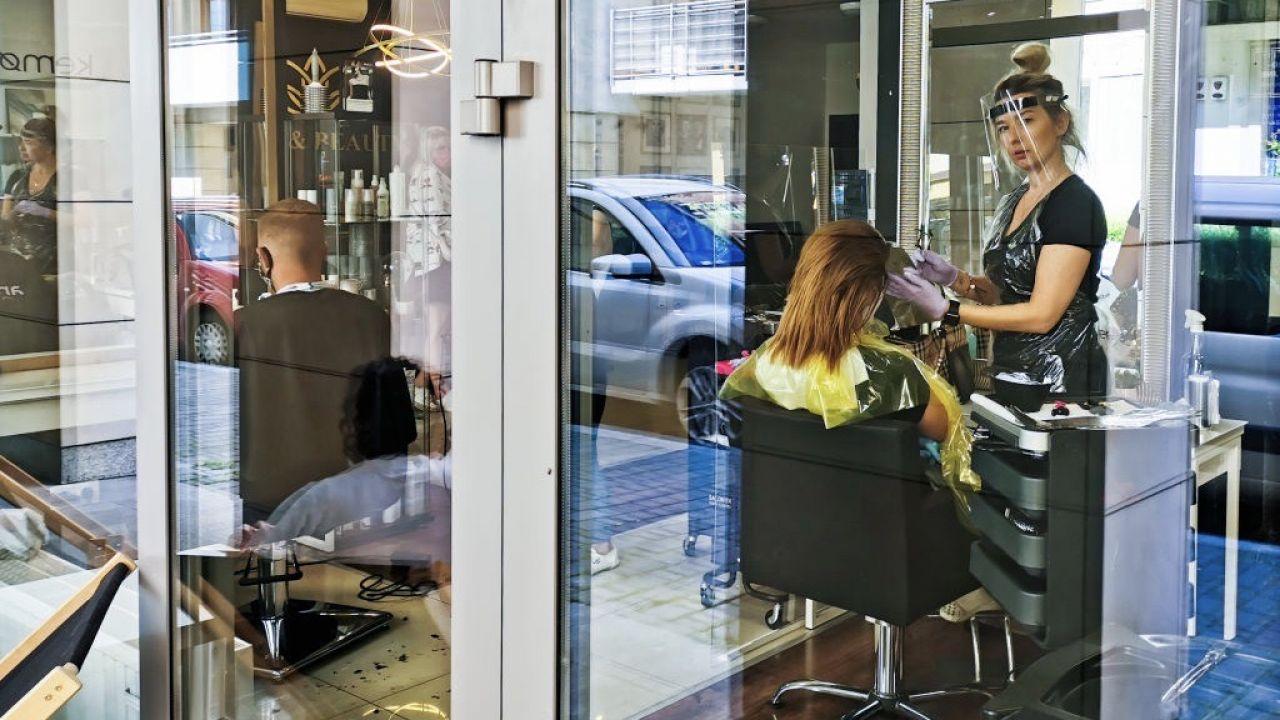 Min. Marlena Maląg podsumowała pierwszy okres działania tarczy antykryzysowej (fot. Beata Zawrzel/NurPhoto via Getty Images)