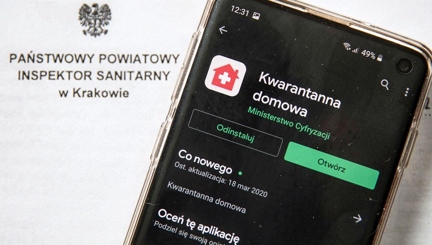 Od kwietnia aplikacja jest obowiązkowa na przymusowej kwarantannie (fot. PAP/Łukasz Gągulski)