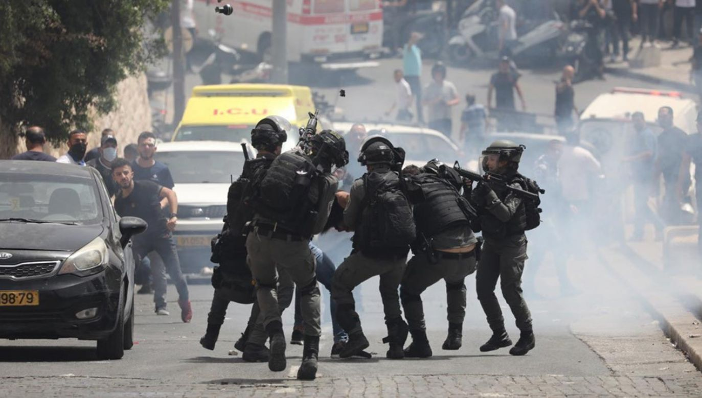 Kolejne zamieszki w Jerozolimie (fot. PAP/EPA/ABIR SULTAN)