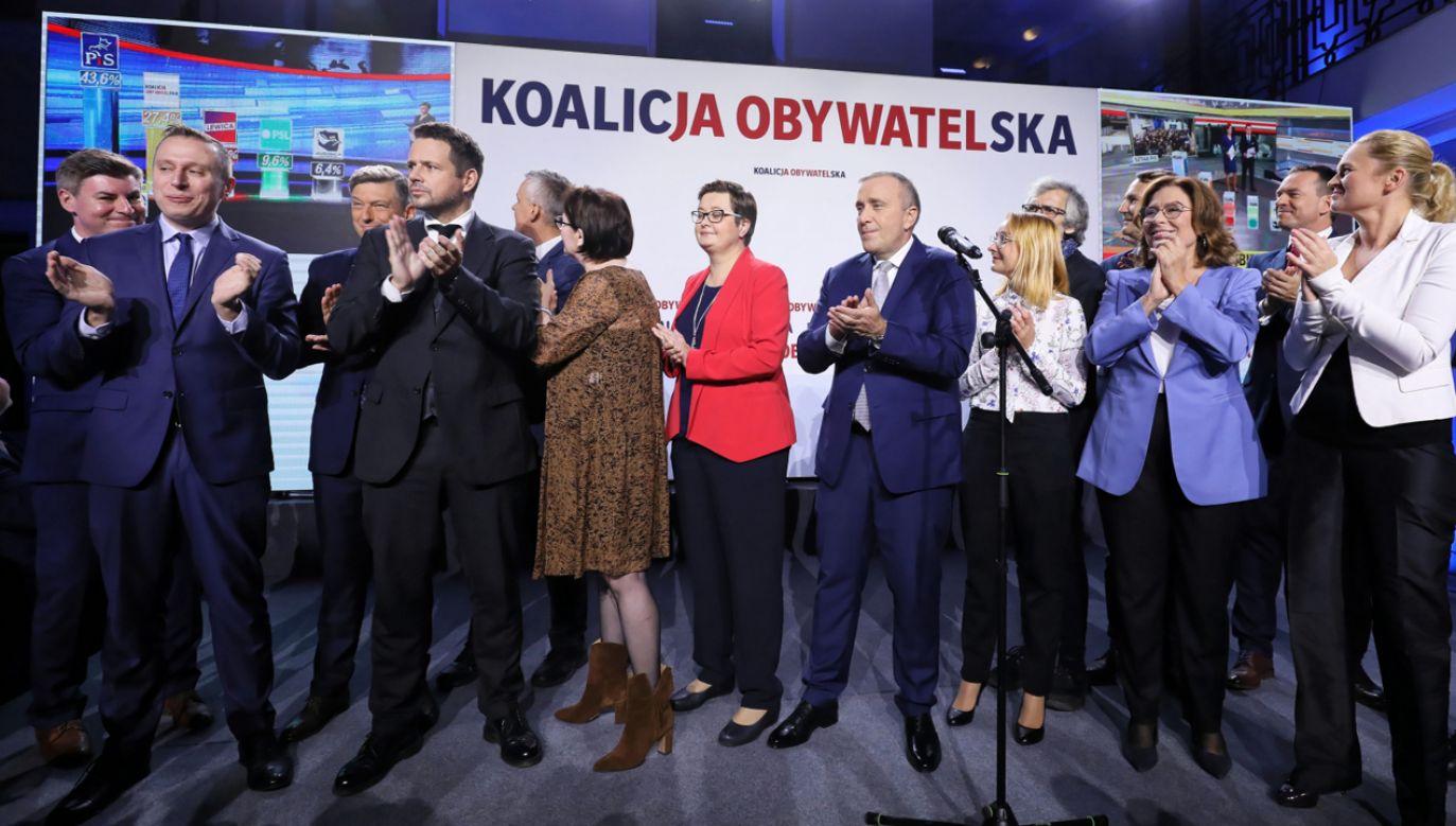 Tuż po wyborach parlamentarnych partie opozycyjne już ogłosiły start kampanii do wyborów w 2020 i 2023 roku  (fot. PAP/Paweł Supernak)