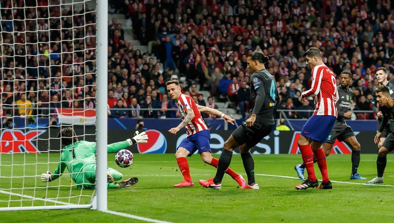 Tak padła jedyna bramka w meczu Atletico-Liverpool (fot.  Roland Krivec/DeFodi Images via Getty Images)