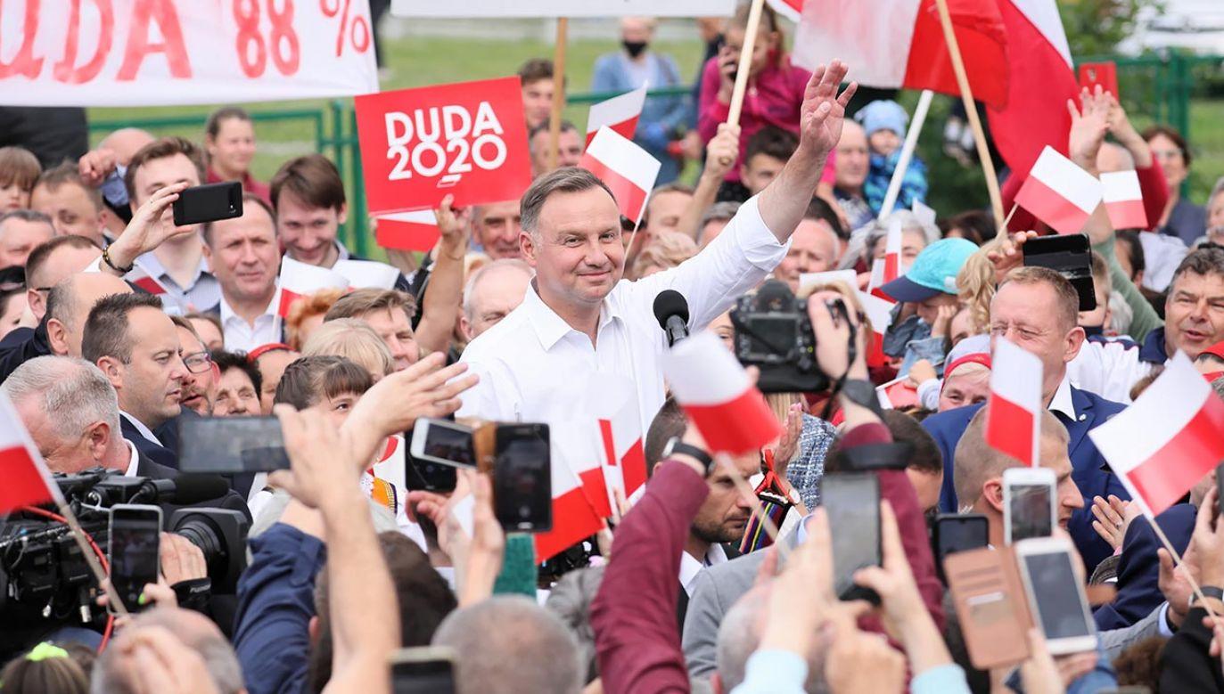 Drogą do tego, by uczynić Polaków wspólnotą jest tylko szacunek – mówił Andrzej Duda.  (fot. PAP/Leszek Szymański)