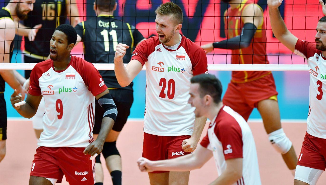 Polacy wygrywają kolejne mecze na tych mistrzostwach z dziecinnąłatwością(fot. PAP)
