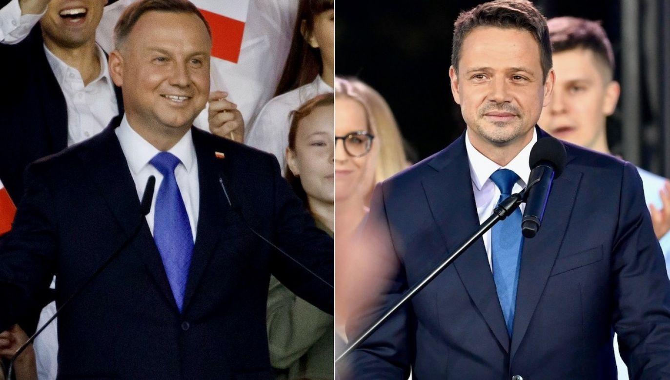 Z danych PKW pochodzących z 99,97 proc. obwodów wyborczych wynika, że w drugiej turze wyborów prezydenckich ubiegający się o reelekcję prezydent Andrzej Duda zdobył 51,21 proc. głosów, a kandydat Koalicji Obywatelskiej Rafał Trzaskowski – 48,79 proc. (fot. Agata Grzybowska/Bloomberg via Getty Images, Stringer/Anadolu Agency via Getty Images)