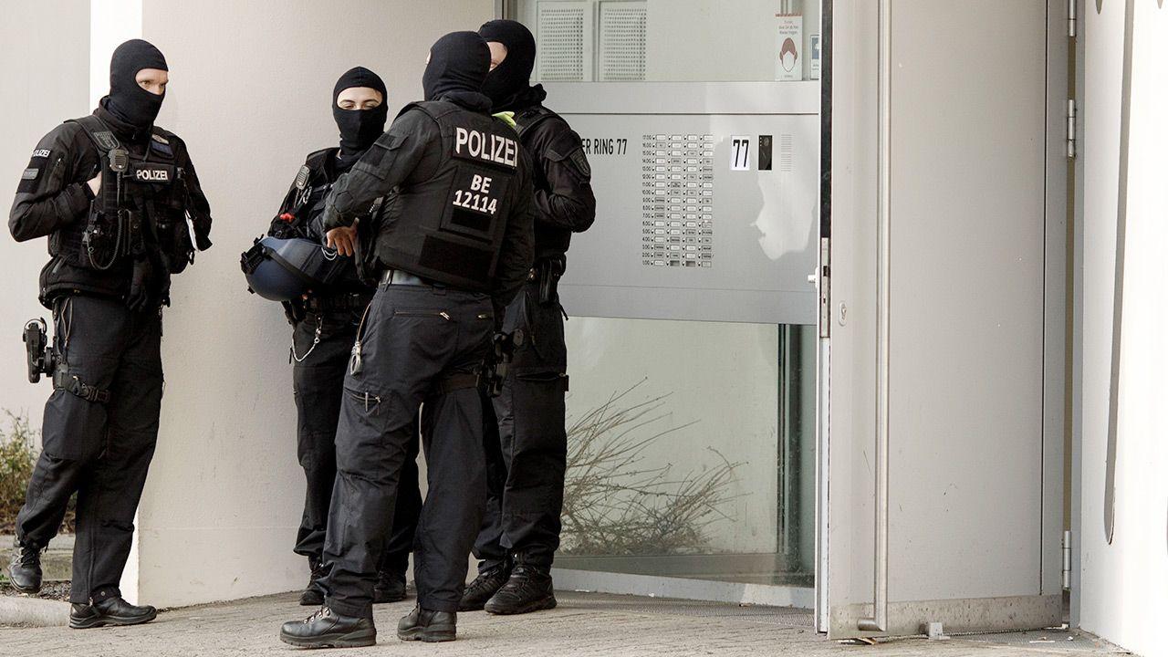 W obławie uczestniczyło około 850 funkcjonariuszy niemieckiej policji (fot. Carsten Koall/Getty Images)
