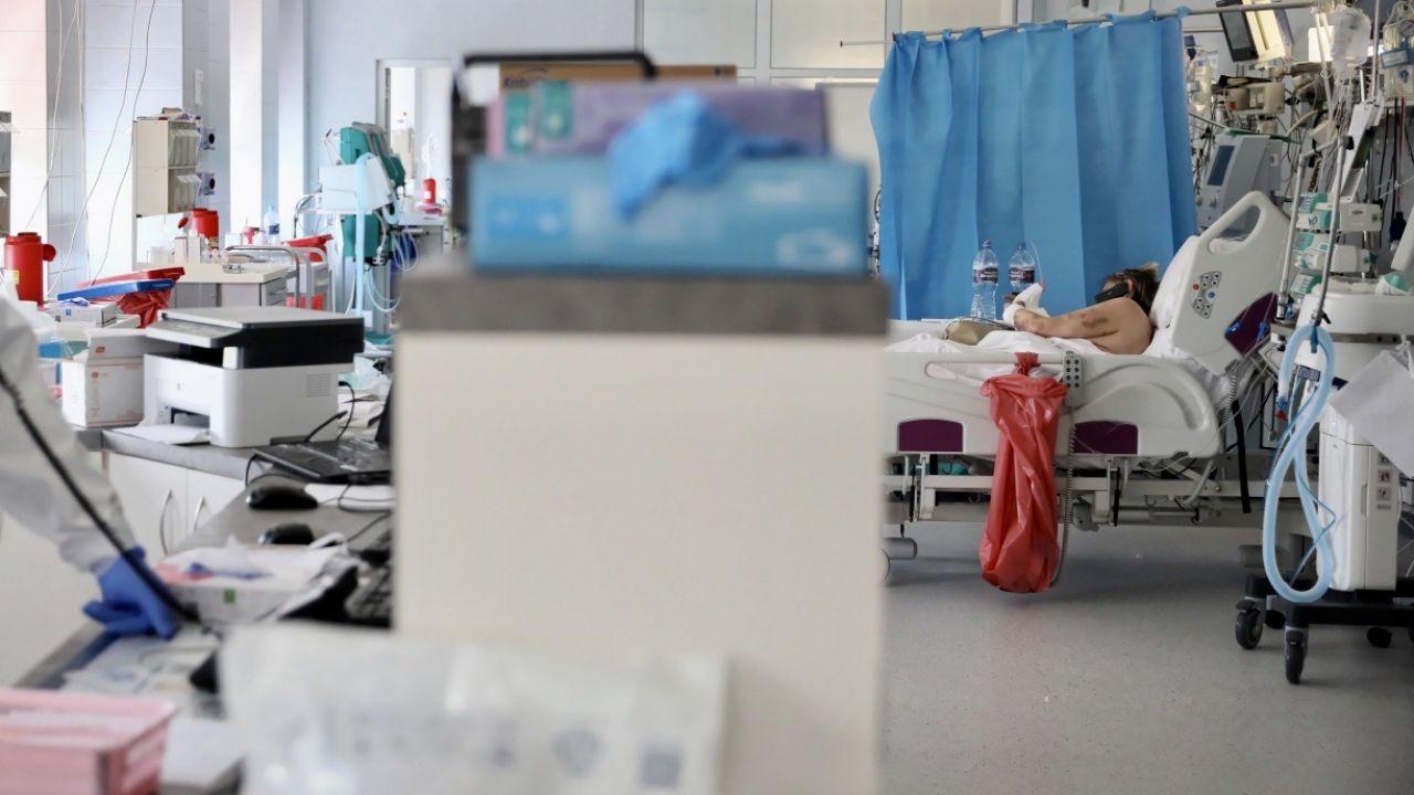 Defibrylator wszczepiono po raz pierwszy w Polsce (fot. PAP/Leszek Szymański, zdjęcie ilustracyjne)