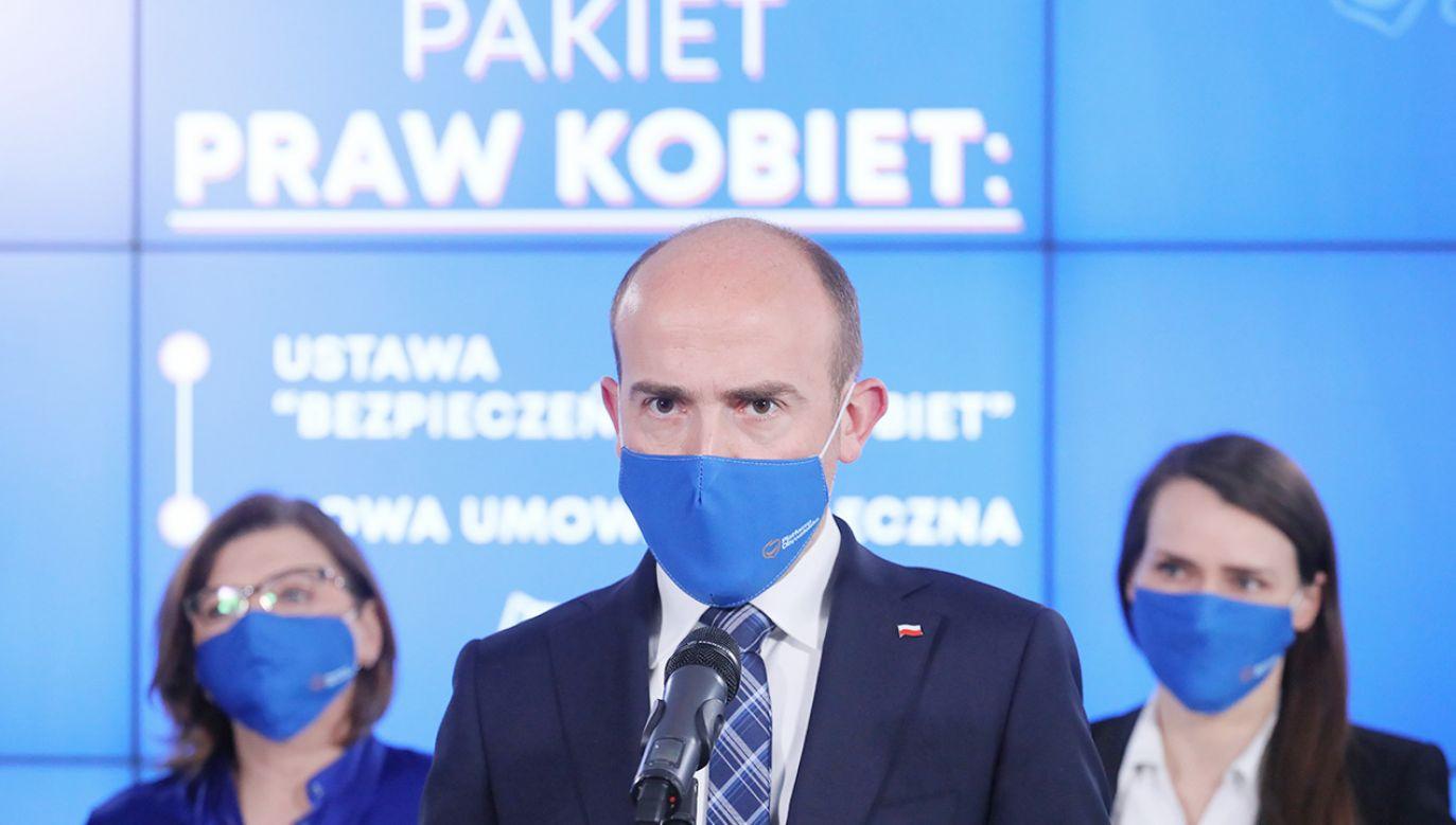 Deklaracja PO w kwestii aborcji (fot. PAP/Paweł Supernak)