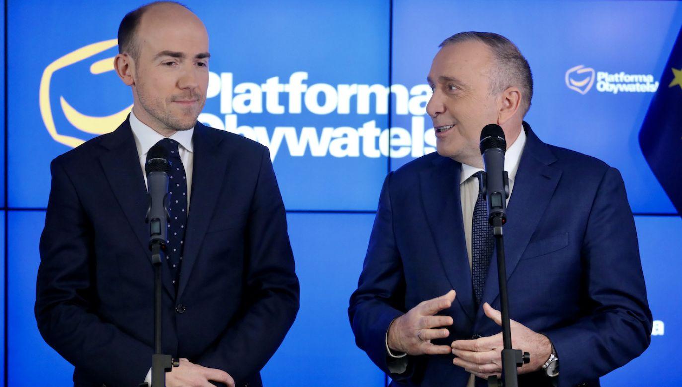 Borys Budka (z lewej) i Grzegorz Schetyna (fot. arch.PAP/P.Supernak)