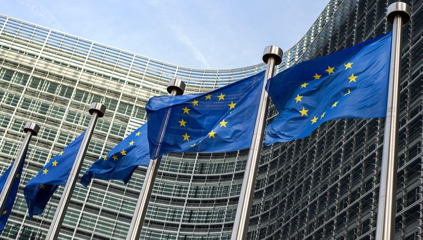 Komisja Europejska apeluje o obniżenie jakości wideo w internecie (fot. Shutterstock/artjazz)