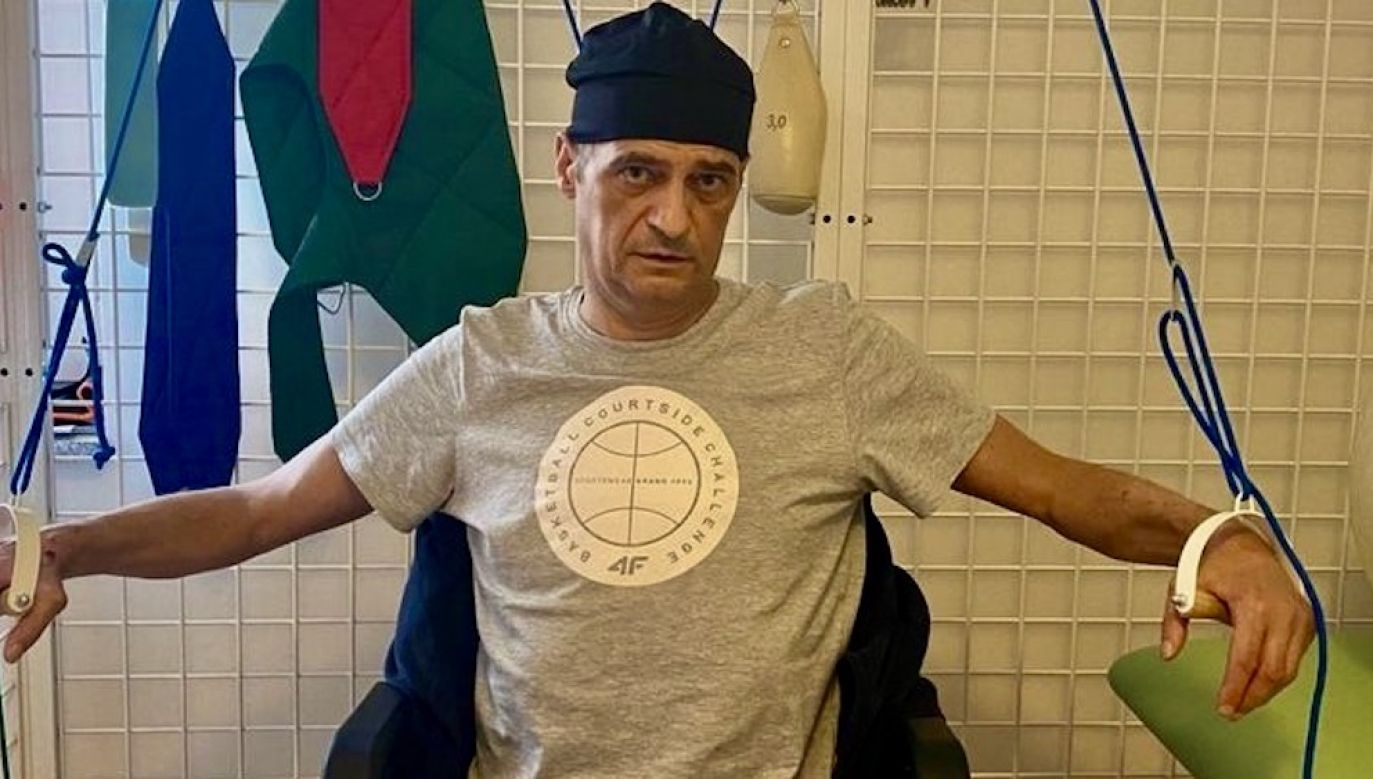Obecnie Rafał przebywa w szpitalu w Konstancinie, gdzie przechodzi kosztowną rehabilitację (fot. FB/Rafal Mazurek)
