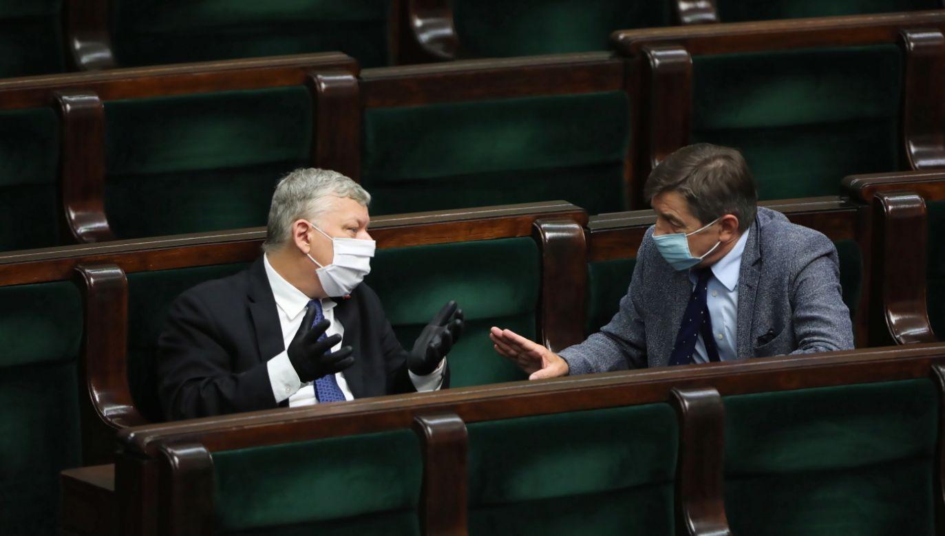 Marek Suski (po lewej) o wyborach prezydenckich 2020. (fot.PAP/Wojciech Olkuśnik)
