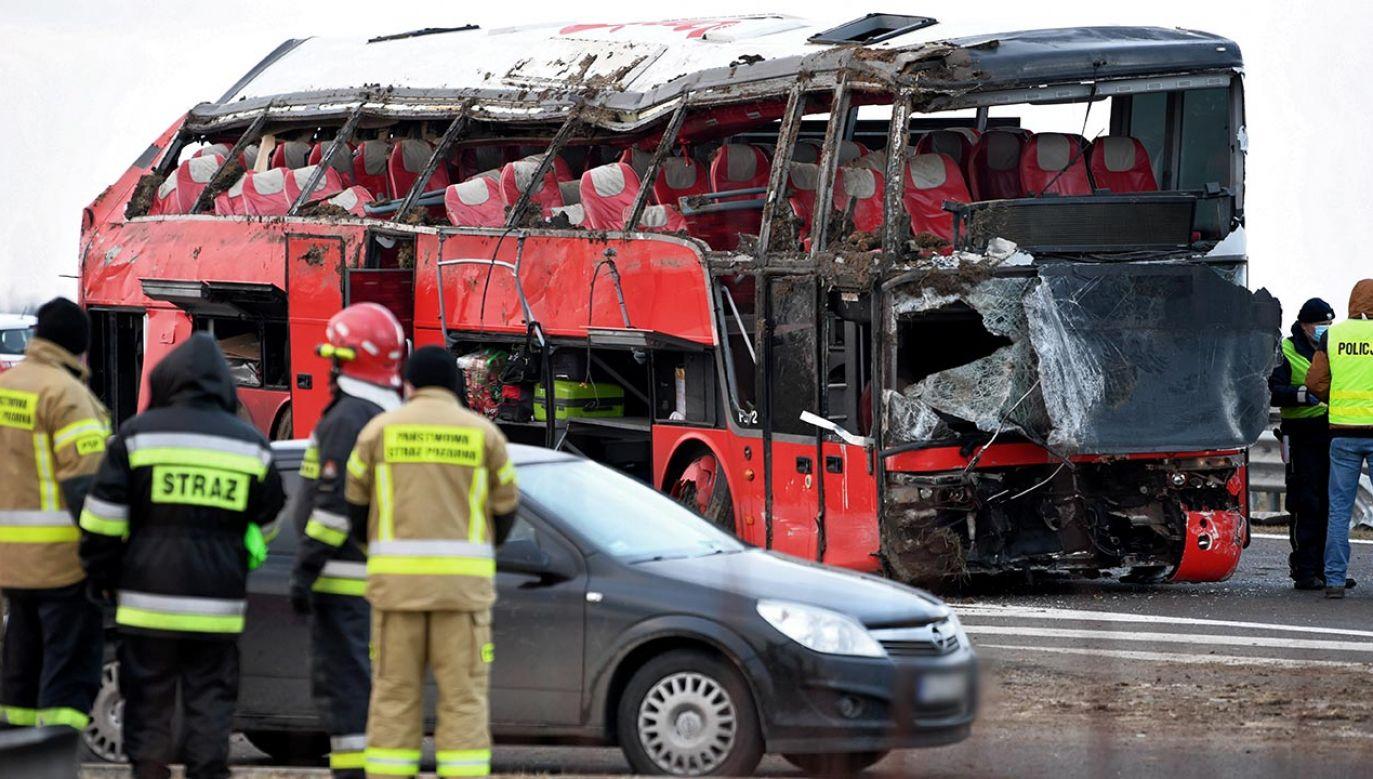 Tragiczny wypadek ukraińskiego autokaru na A4 (fot.  PAP/Darek Delmanowicz)