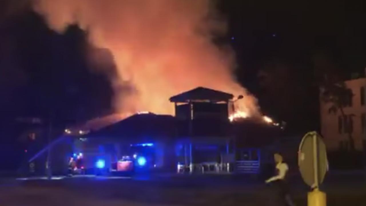 Pożar supermarketu w Warszawie (fot. facebook.com/Praga Południe na sygnale)