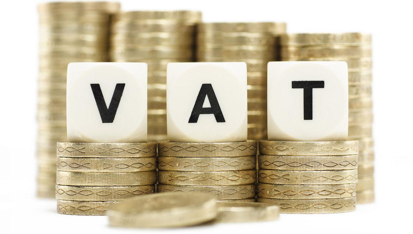 NIK zaznacza, że pakiet zmian systemowych służących przeciwdziałaniu oszustwom w VAT przyjęty w latach 2016-2018 doprowadził do ważnych zmian zw. z tzw. luką VAT (fot. Shutterstock/KenDrysdale)