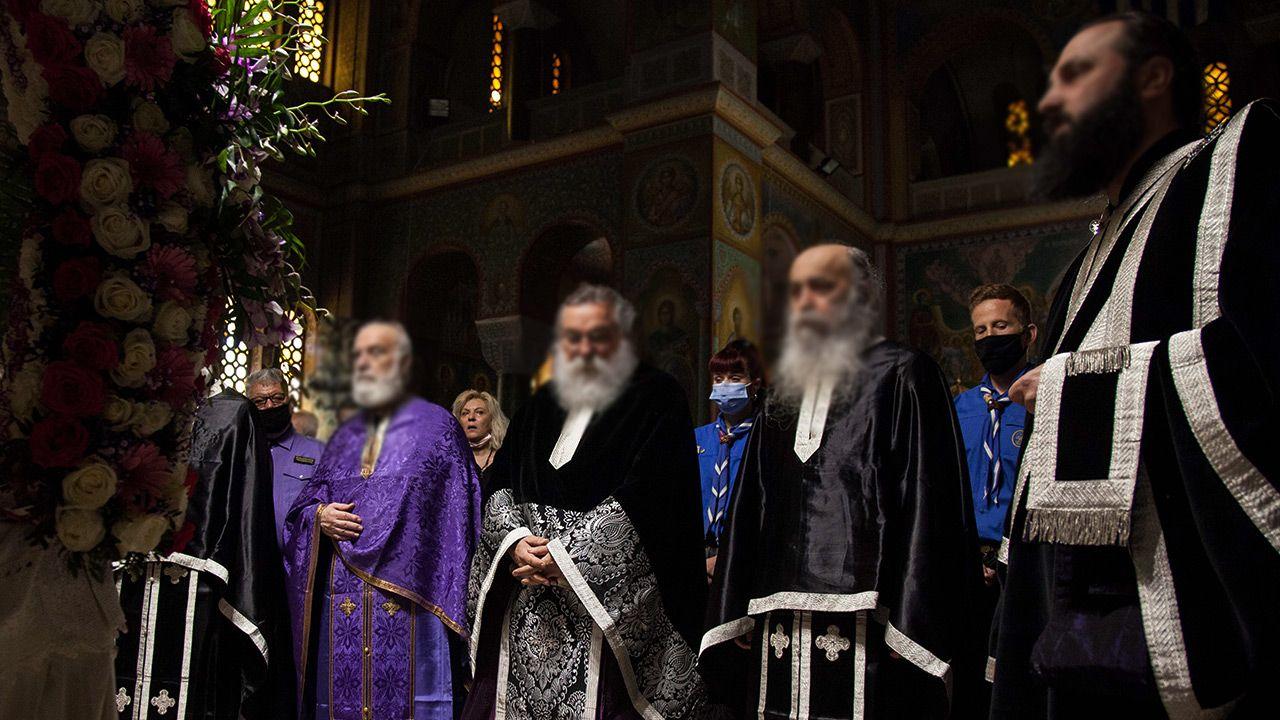 Policja nie przekazała jakim żrącym płynem oblano biskupów (fot. Getty Images; zdjęcie ilustracyjne)