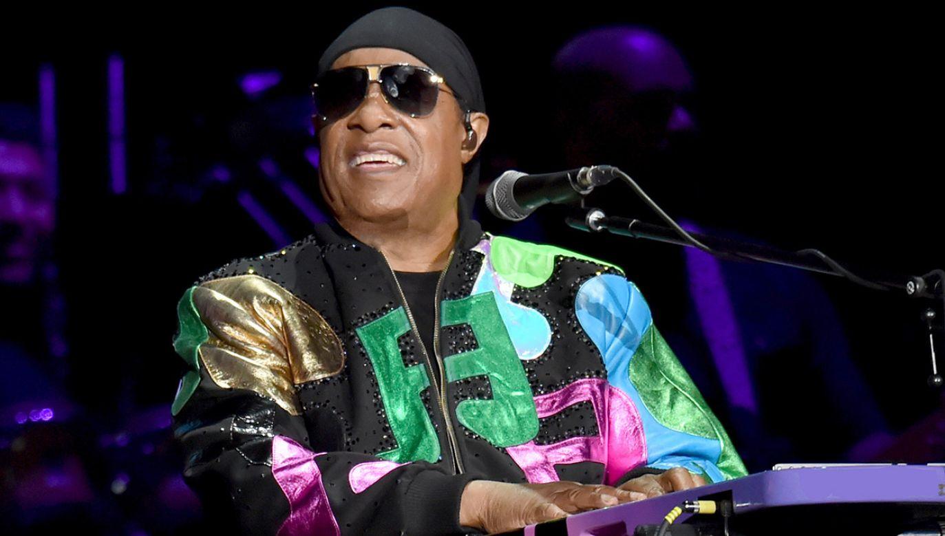 Muzyk poinformował fanów, że zagra jeszcze trzy koncerty (fot. Lester Cohen/Getty Images)