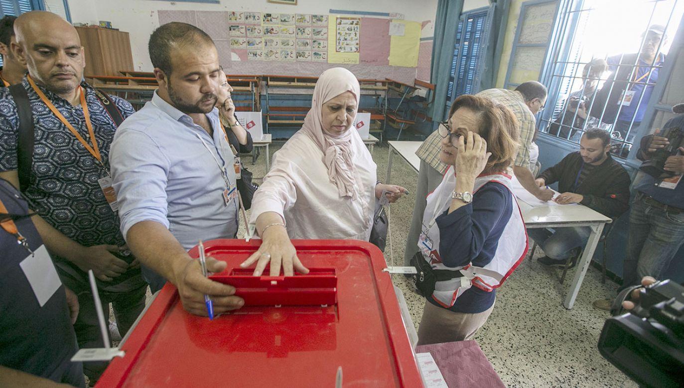 W Tunezji odbyły się zarówno wybory prezydenckie jak i parlamentarne (fot. Yassine Gaidi/Anadolu Agency via Getty Images)