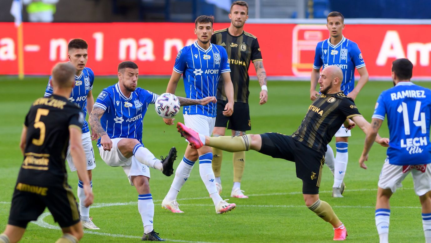 Mecz Legia Warszawa – Lech Poznań podczas 34. kolejki Ekstraklasy (fot. PAP/Jakub Kaczmarczyk)