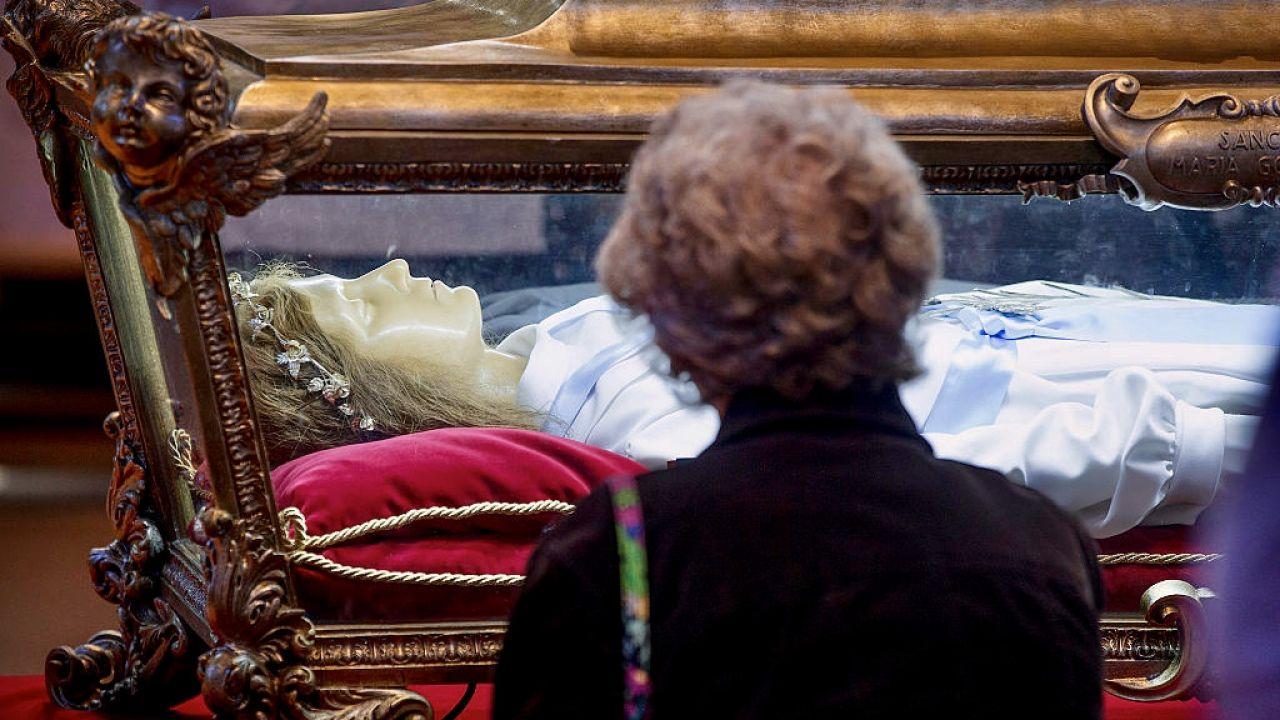 Ciało św. Marii Goretti w Nettuno we Włoszech (fot. Scott Olson/Getty Images)