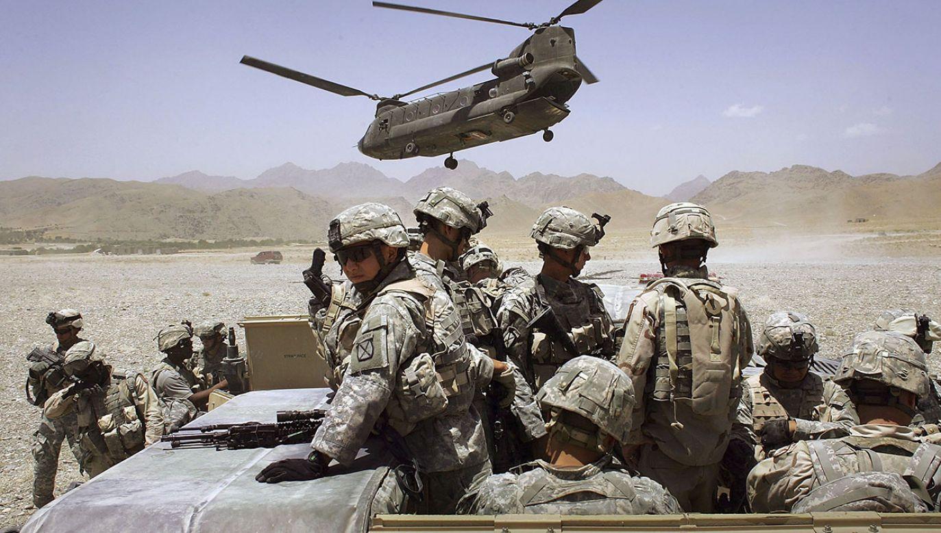 Opracowano genetyczną szczepionkę potencjalnie chroniącą żołnierzy przed bronią chemiczną (fot. John Moore/Getty Images)