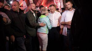 Prezydent Andrzej Duda coraz brutalniej atakowany przy pomocy fake newsów (fot. PAP/Marcin Obara)