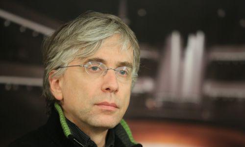 Dyrygent Giovanni Antonini, dyrektor artystyczny festiwalu Wratislavia Cantans. Fot. PAP/Leszek Szymański
