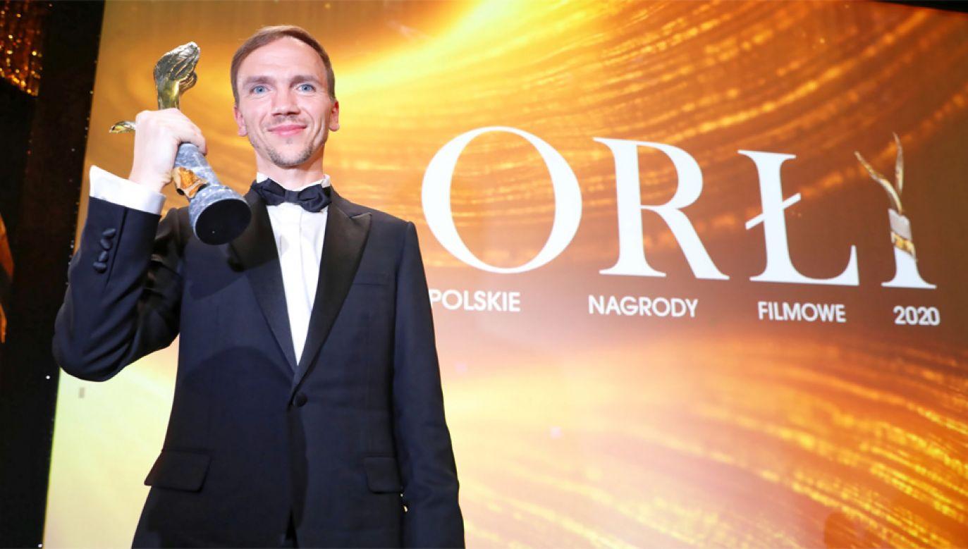 Jan Komasa otrzymała nagrodę za reżyserię (fot. PAP/Leszek Szymański)