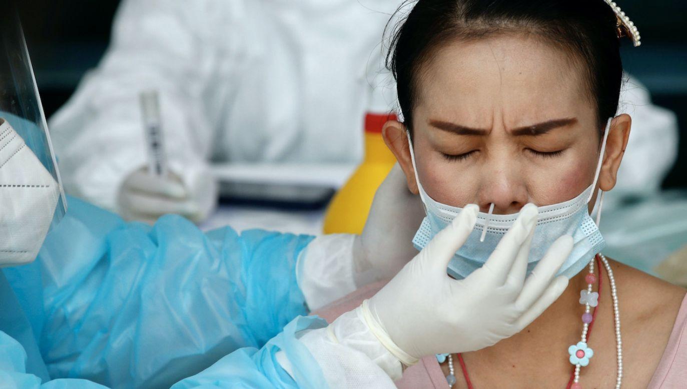 KE podpisała umowę na zakup ponad 20 mln szybkich testów antygenowych (fot. PAP/EPA/R.YONGRIT)