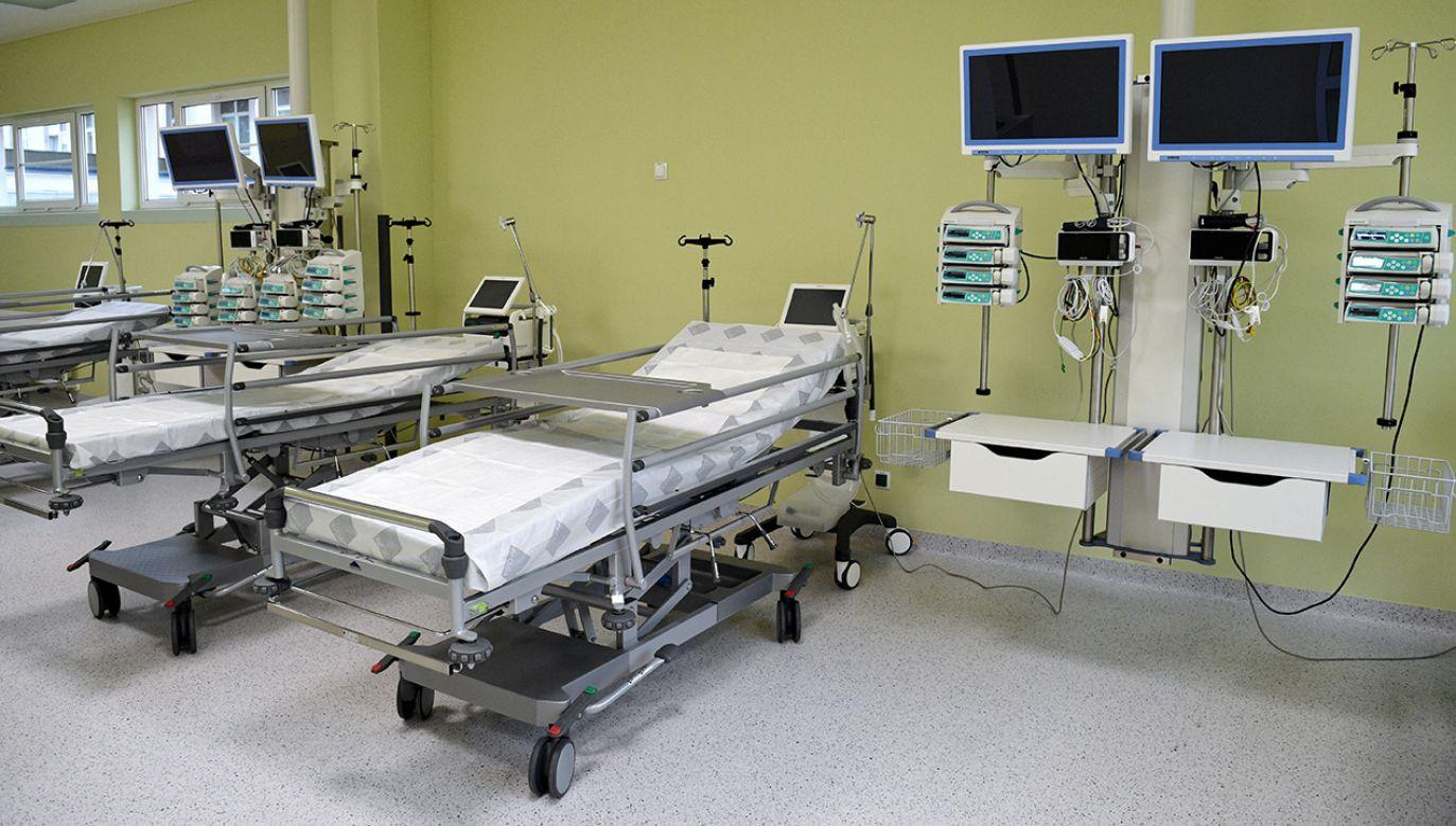 Sala bloku operacyjnego, pracowni endoskopii oraz centralnej sterylizatorni w Powiatowym Szpitalu Specjalistycznym w Stalowej Woli (fot. arch. PAP/Darek Delmanowicz)