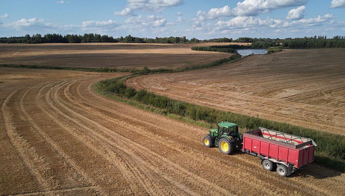 W przyszłym roku przekazane zostanie 160 mln zł na dopłaty do paliwa rolniczego (fot. Shutterstock/ OlegRi)