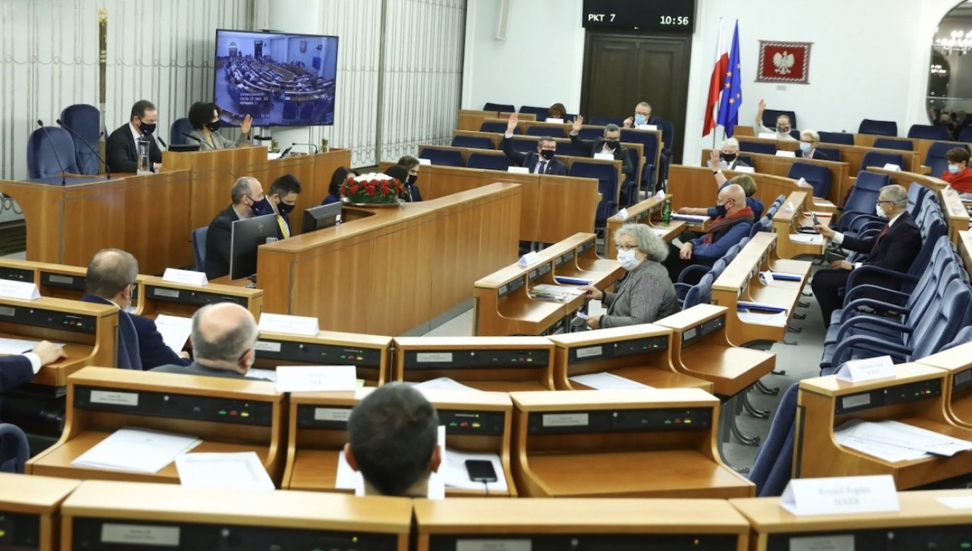 Wszystko zależy od tego, jakie będą propozycje – oznajmił senator ludowców (fot. PAP/Rafał Guz)