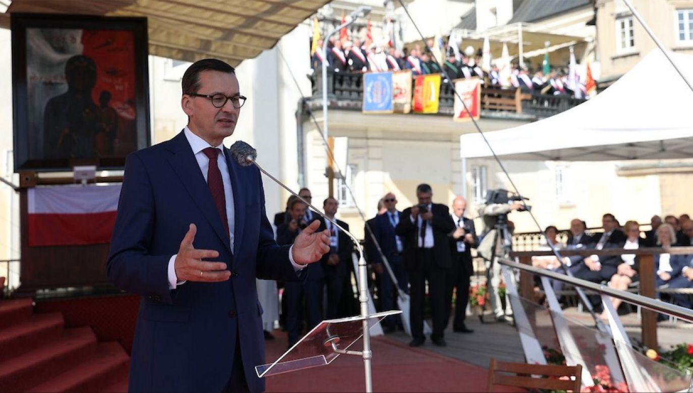 Premier Mateusz Morawiecki wziął udział w Pielgrzymce Ludzi Pracy na Jasną Górę (fot. TT/PremierRP)