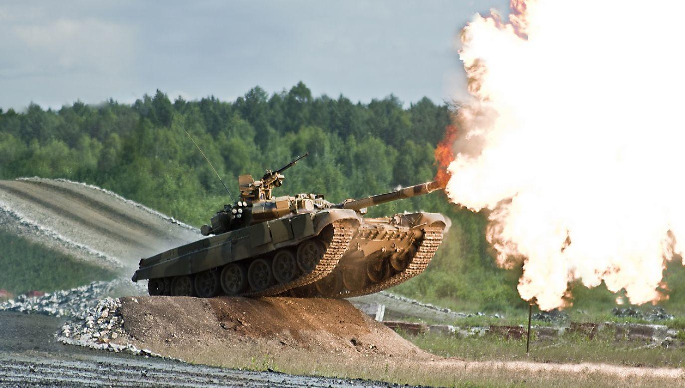 Jeśli Zełenski nie ulegnie, możliwy jest scenariusz zbrojny (fot. Shutterstock)