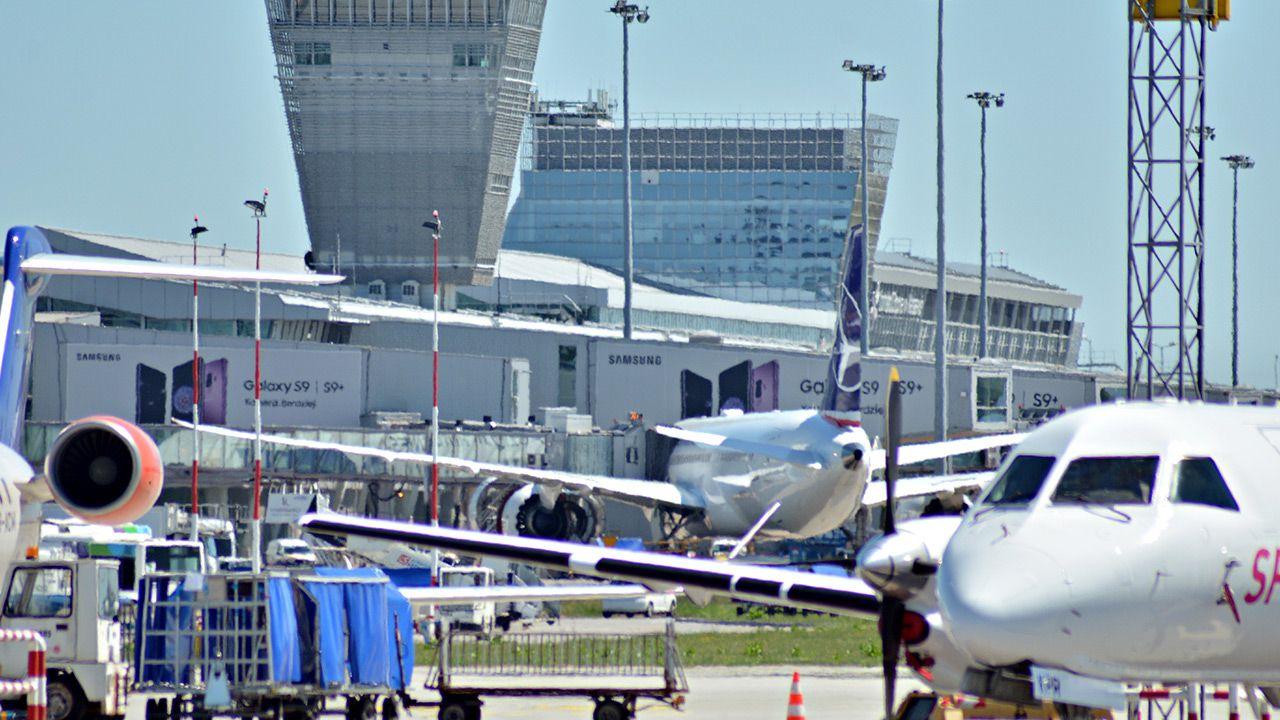W maju Lotnisko Chopina obsłużyło 361 tysięcy pasażerów (fot. Shutterstock)